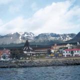Vista de Ushuaia desde la bahía