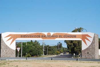 Acceso a Balneario El Cóndor