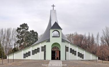 Iglesia Ceferino Namincurá. Foto de Jorge G. Silva