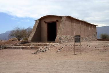 Iglesia de Anillaco. Foto de José Luis Pandelo