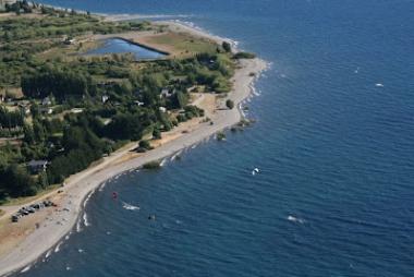 Playa de Dina Huapi. Foto de Kitesurf argentina