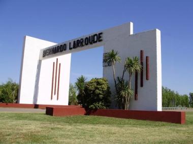 Entrada a Larroudé