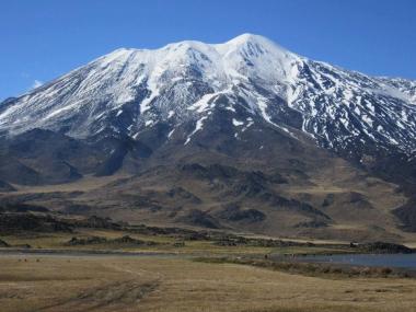 Volcán Tromen. Foto de Jorge Gómez publicada en Norte Neuquino