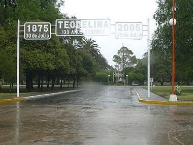 Acceso a Teodelina. Foto de José Luis Olmos