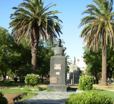 Plaza principal de Coronel Dorrego