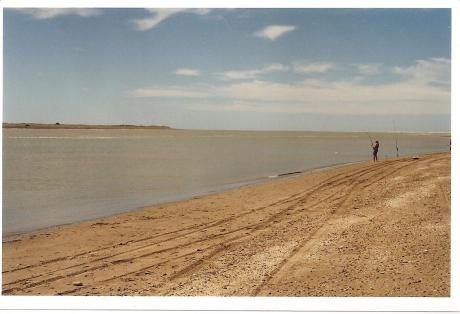 Desembocadura del río Negro. Balneario El Cóndor