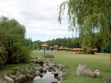 Balneario en Laguna El Paraíso. Laprida