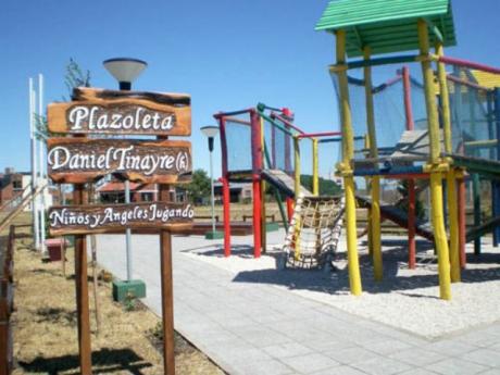 Plaza Daniel Tinayre (Hijo)