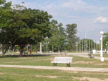 Plaza de Fortín Lugones