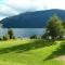 Lago Rivadavia. Camping Agreste Tres Bahías