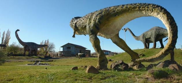 Parque Temático de Dinosaurios. Sarmiento